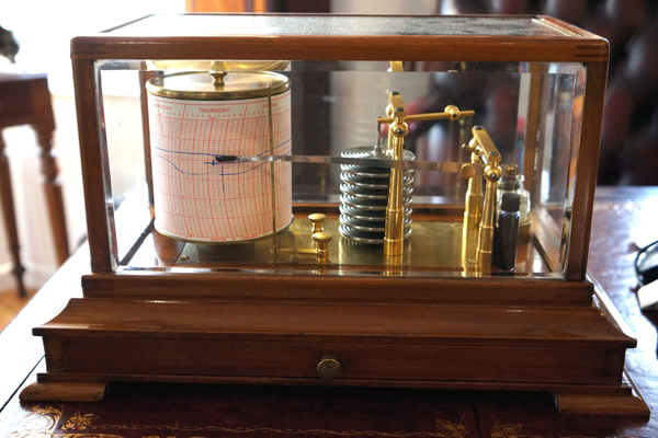 Antique barograph