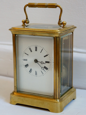 Frech striking carriage clock